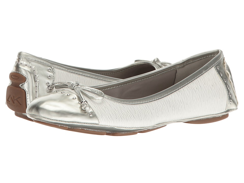 Anne Klein Buttons (White/Silver/White Synthetic) Women