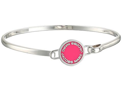 Marc Jacobs Logo Disc Enamel Logo Disc Hinge Bracelet - Raspberry