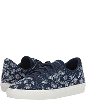 SKECHERS - Vaso - Knit Lace-Up Sneaker