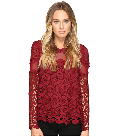 ROMEO & JULIET COUTURE Long Sleeve Lace Top