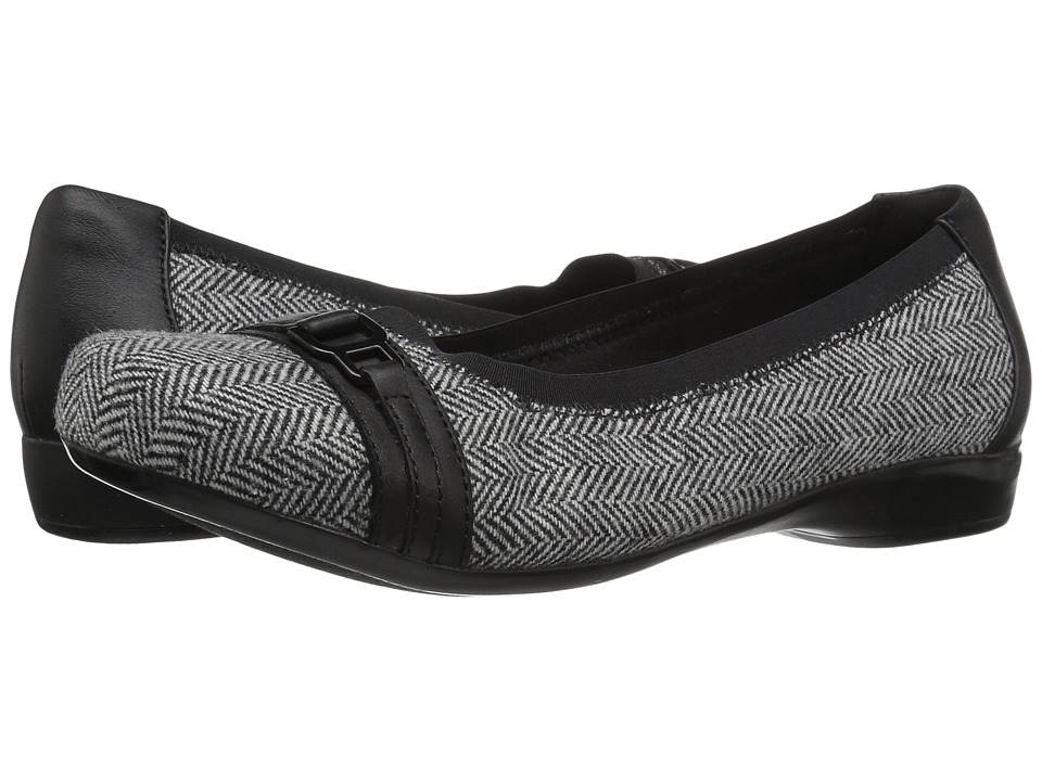 Clarks Kinzie Light (Black Tweed) Flats