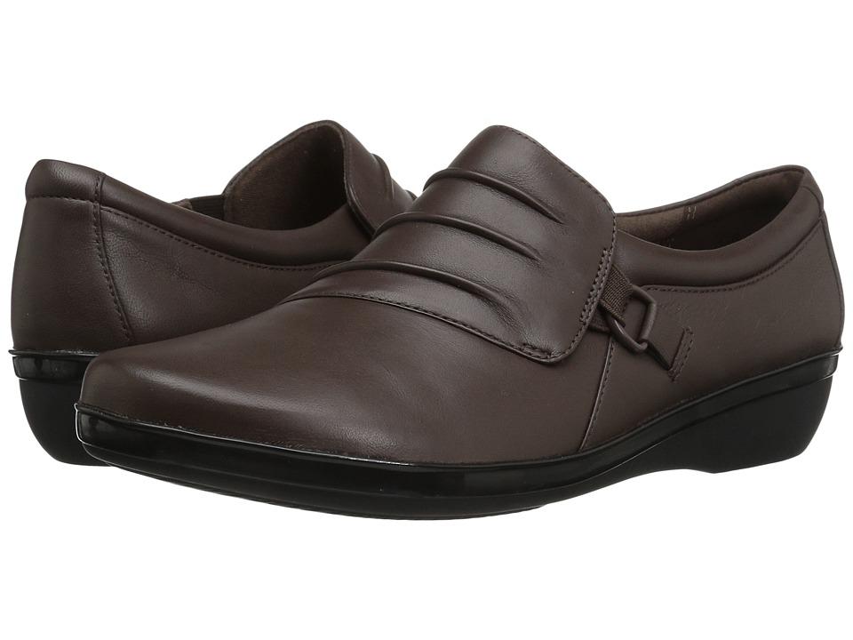 Clarks Everlay Heidi (Dark Brown Leather) Slip-On Shoes