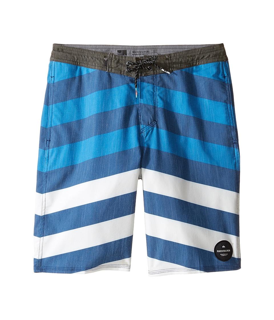 Quiksilver Kids Crypt Brigg Beach Shorts Youth 17 (Big Kids) (Estate Blue) Boy