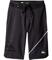 Quiksilver Kids - New Wave Everyday 19 Boardshorts (Big Kids)
