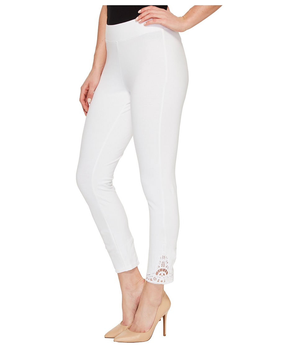 HUE Wide Waistband Lace Trim Pique Capris (White) Women