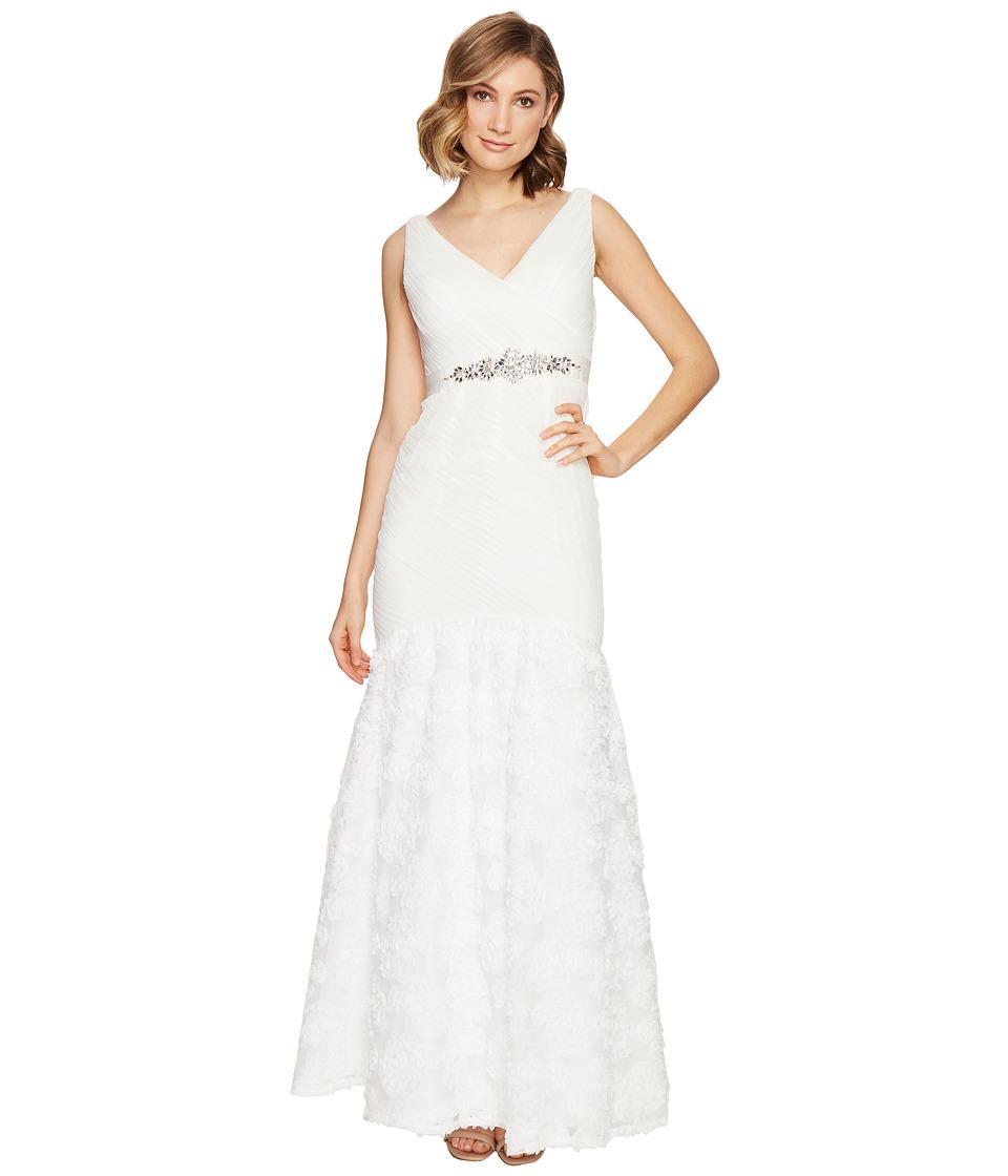 Adrianna Papell - Sleeveless Tulle Chiffon Petal Gown