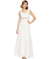 Adrianna Papell - Sleeveless Tuille Chiffon Petal Gown