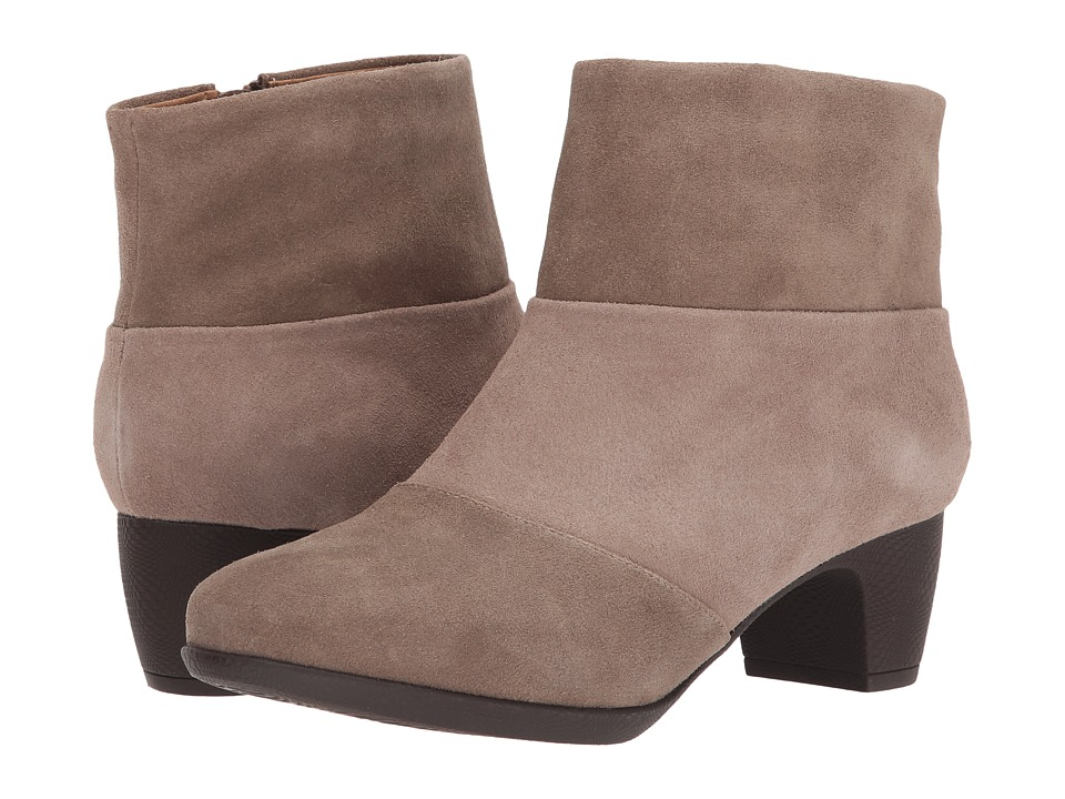 SoftWalk Inspire (Dark Taupe Suede) Women