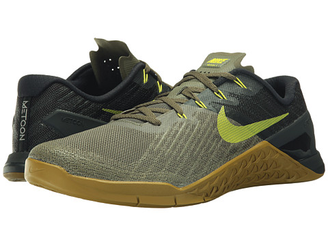 Nike Shoes, Activewear, Accessories | Zappos.com