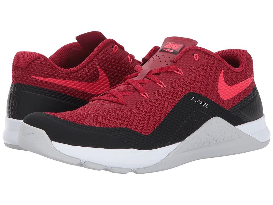 Nike Repper DSX (Tough Red/White/Siren Red/Pure Platinum) Men