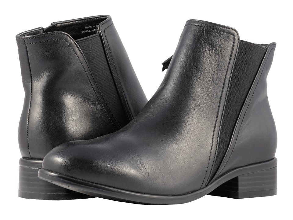 SoftWalk Urban (Black Smooth Leather) Women