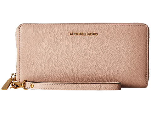MICHAEL Michael Kors Mercer Travel Continental - Soft Pink