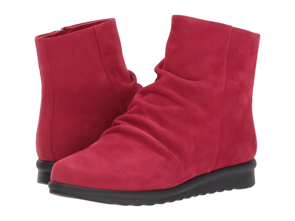 Vaneli Dollie (Dark Red Nabuck) Women