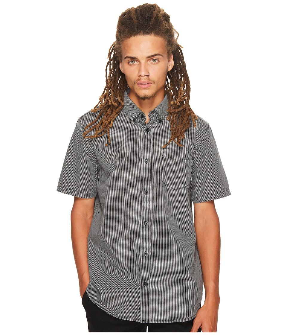 Vans - Candor Short Sleeve Plaid Top (Black/Frost Grey) Men's Short Sleeve Button Up