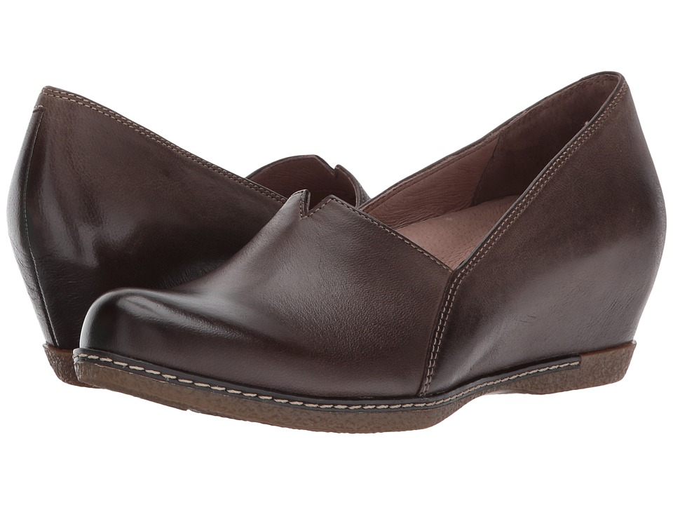 Dansko Liliana (Teak Burnished Nubuck) Women's Shoes