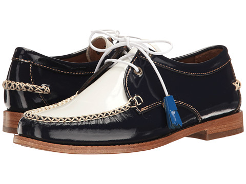 G.H. Bass & Co. Winnie Weejuns - Navy/White Patent Leather