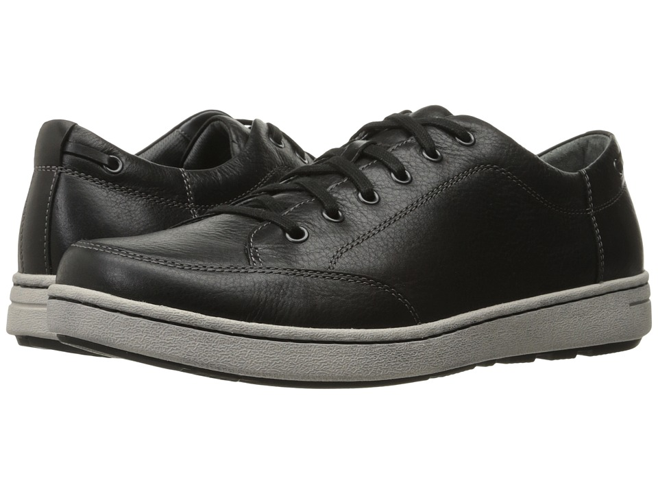 Dansko Vaughn (Black Tumbled Pull-Up) Men