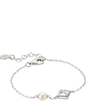 Majorica - 6mm Round Pearl and Pyramid Stud Accent on Streling Silver Chain Bracelet