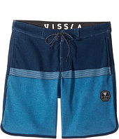 VISSLA Kids - Sofa Surfer Dredges Athletic Fleece Shorts 17
