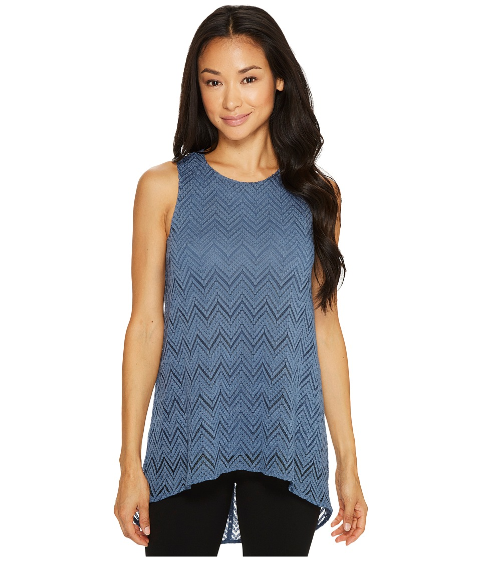 Vince Camuto Specialty Size - Petite Sleeveless Herringbone Lace High