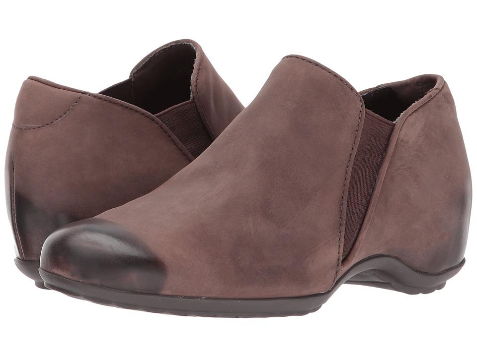 Walking Cradles Keaton (Brown Distressed Burnished Leather) Women