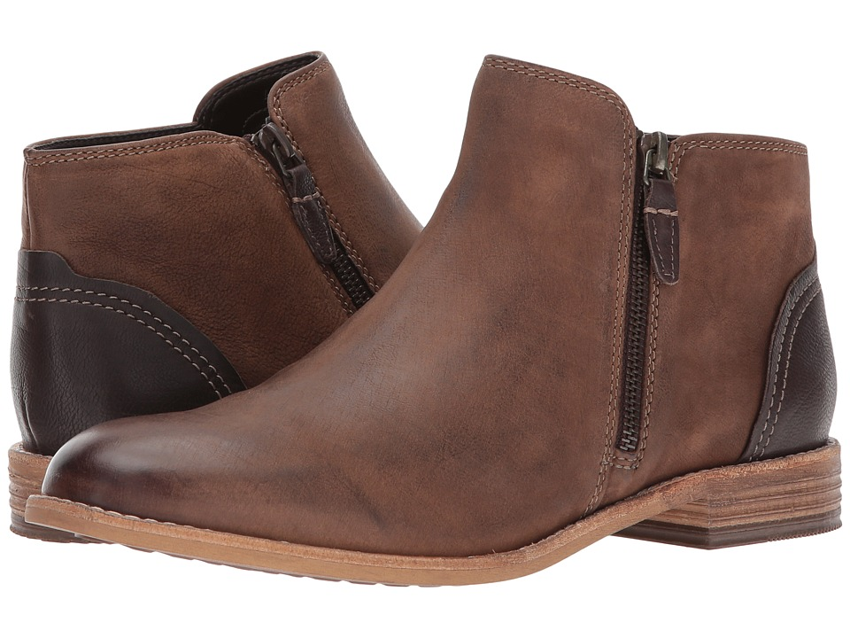 Clarks Maypearl Juno (Brown Leather) Women's  Boots