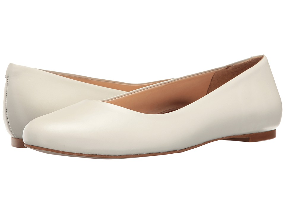 Retro Vintage Flats and Low Heel Shoes Walking Cradles - Bronwyn White Womens Flat Shoes $100.00 AT vintagedancer.com
