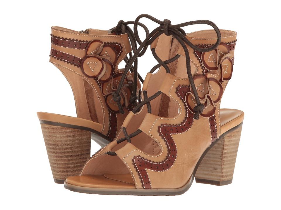 L'Artiste by Spring Step Alejandra (Beige) Women's Shoes
