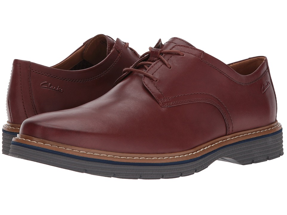 Clarks Newkirk Plain (Mahogany Leather) Men