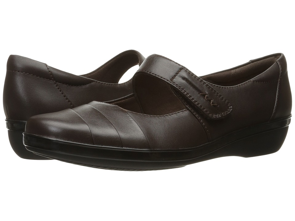 Clarks Everlay Kennon (Brown Leather) Women's Shoes