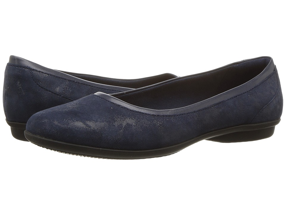 Clarks Gracelin Mara (Navy) Women's Shoes