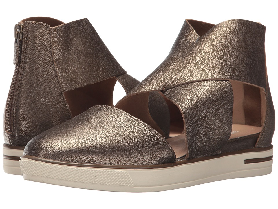 Eileen Fisher - Carver (Bronze Metallic Leather) Womens Shoes