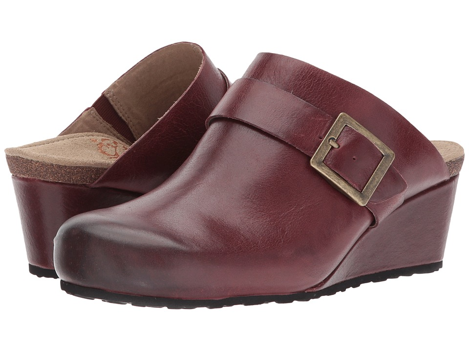 Aetrex - Amelia (Merlot) Womens  Shoes
