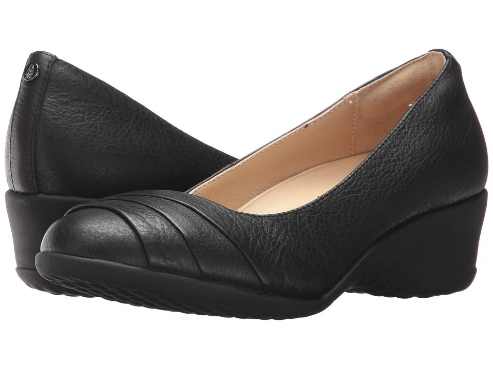 Hush Puppies Jalaina Odell (Black Leather) Flats