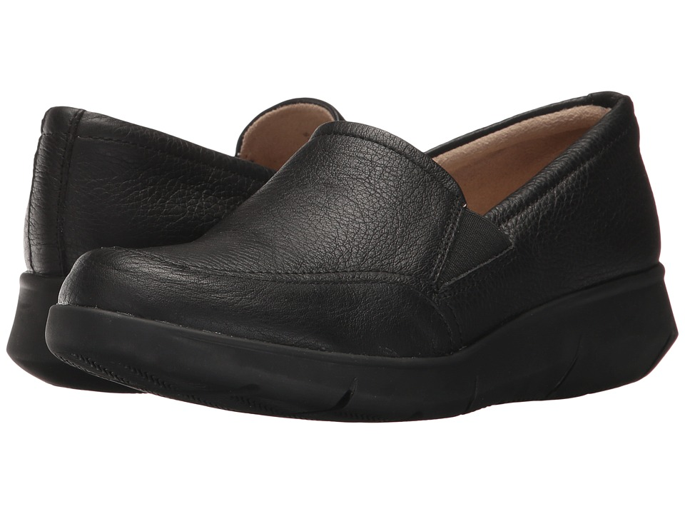Hush Puppies Rapidly Mardie (Black Leather) Women's Slip-on Dress Shoes