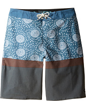 Rip Curl Kids - Chibas Layday Shorts (Big Kids)