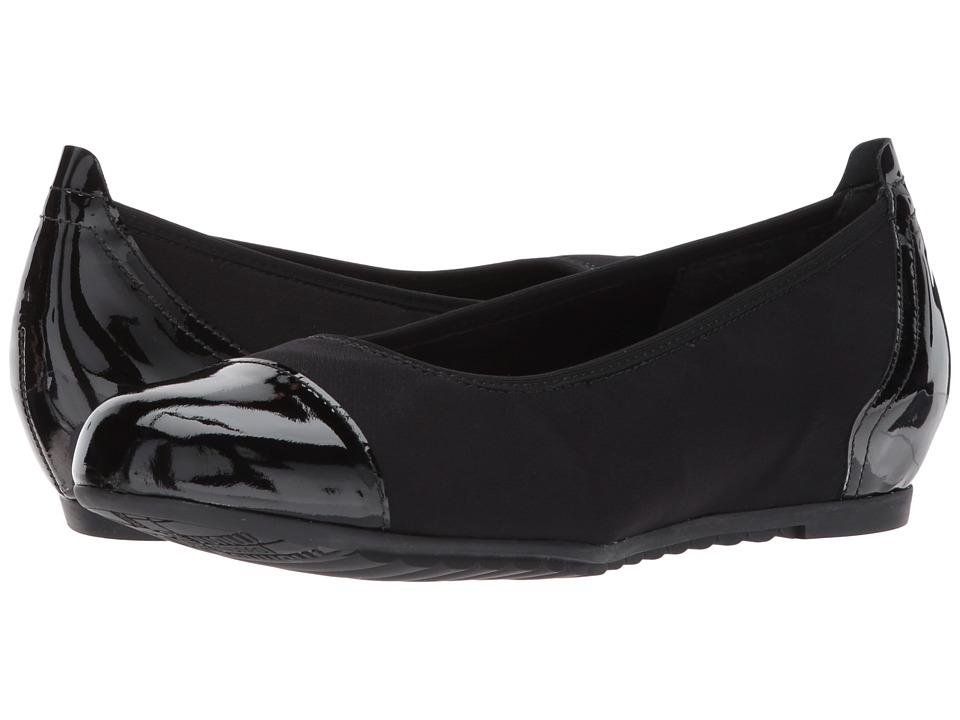 Munro Henlee (Black Fabric/Patent) Flats