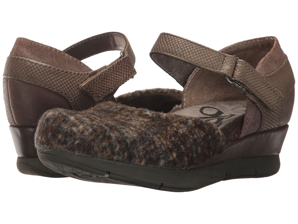 OTBT Companion (Ranch Mink) Wedges