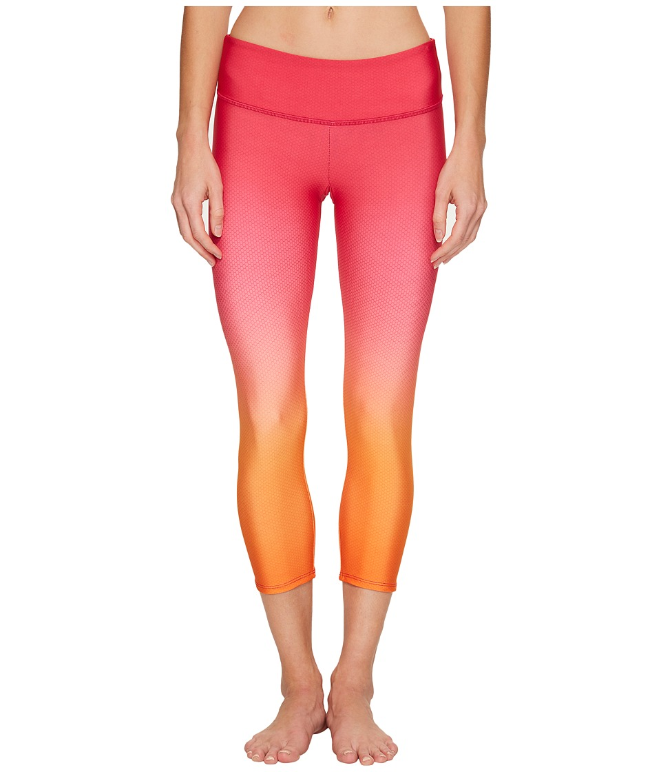 Onzie - Graphic Capris (Summer Rose Ombre) Women's Capri