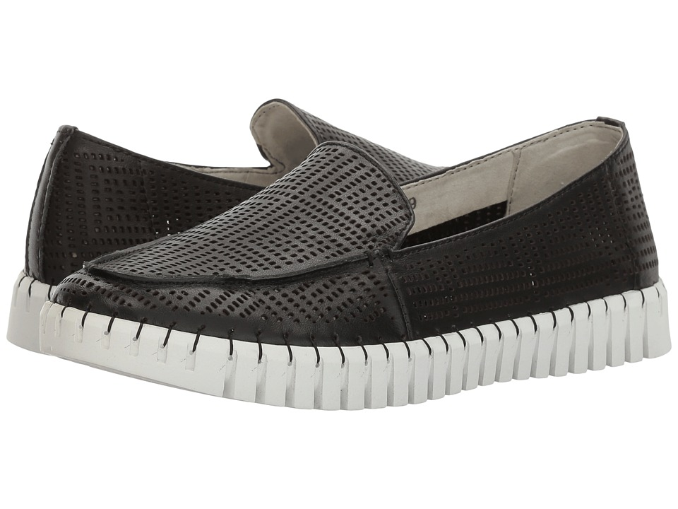 bernie mev. TW72 (Black Leather) Slip-On Shoes