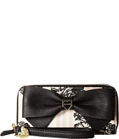 Betsey Johnson - Double Zip Around