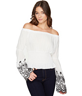 ROMEO & JULIET COUTURE - Off the Shoulder Embroidery Top