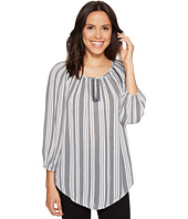 ROMEO & JULIET COUTURE - V-Neck Stripe Woven Top