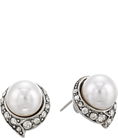 Oscar de la Renta - Fanned Pearl Button P Earrings