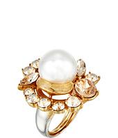 Oscar de la Renta - Crystal Pearl Ring