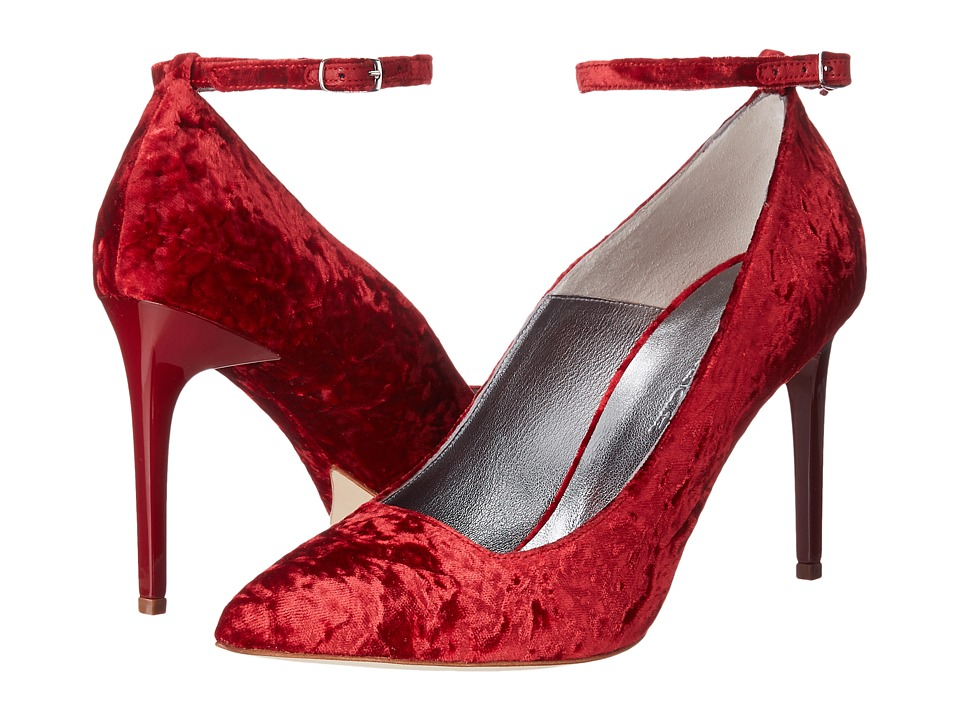 Oscar de la Renta Roos 90mm (Red Crushed Velvet) Women