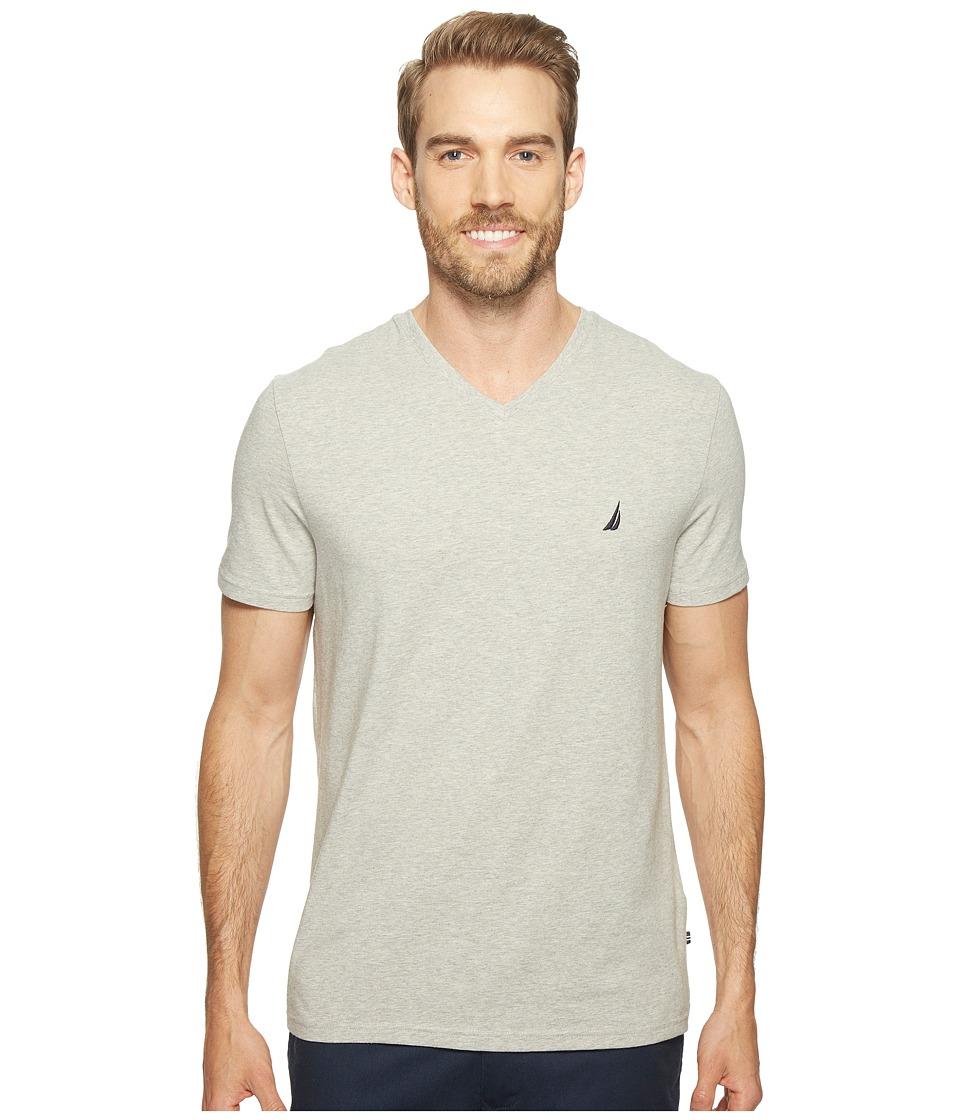 Nautica Short Sleeve V-Neck Tee (Grey Heather) Men's Clot...