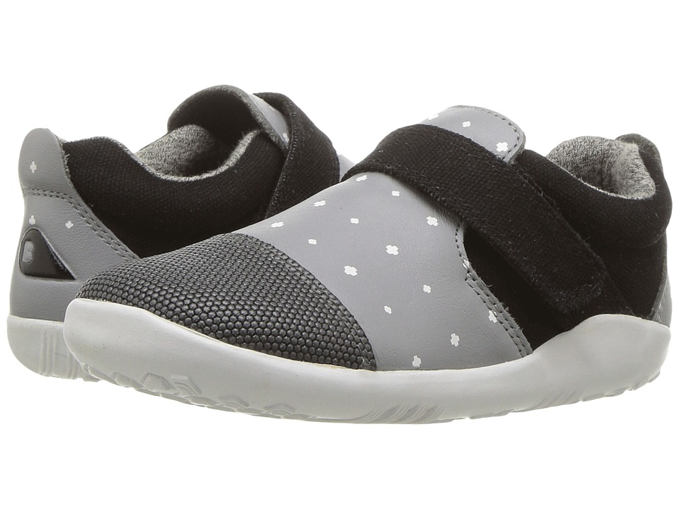 Bobux Kids I-Walk Play Aktiv (Toddler) (Smoke/White Plus) Boy's Shoes