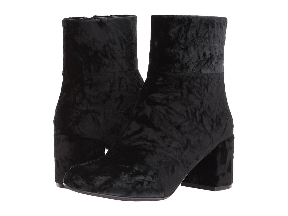 Vaneli Zeda (Black Troppy Velvet) Women