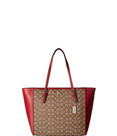 COACH - Signature Turnlock Tote